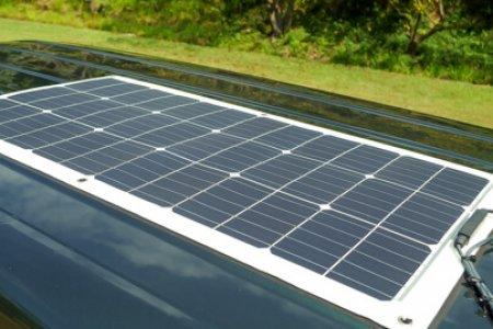 エブリィの内装・装備「ソーラーシステム&サブバッテリー」