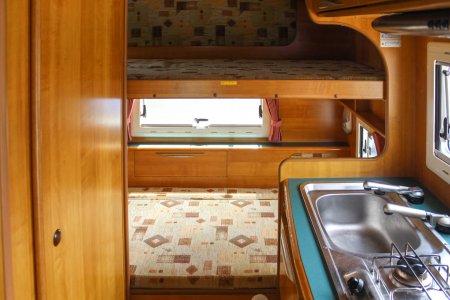 内装・装備:常設2段ベッド